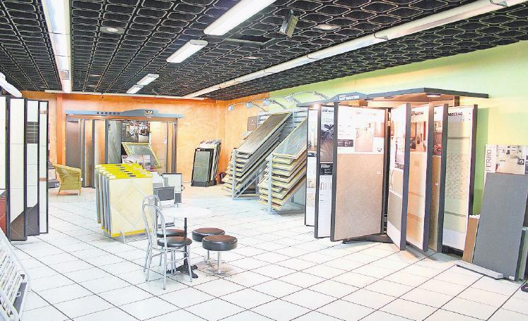 Das Korbmacher-Fliesenstudio hält die passende Auswahl für Kunden bereit, die ein exklusives Angebot suchen. Foto: Claus Schloot
