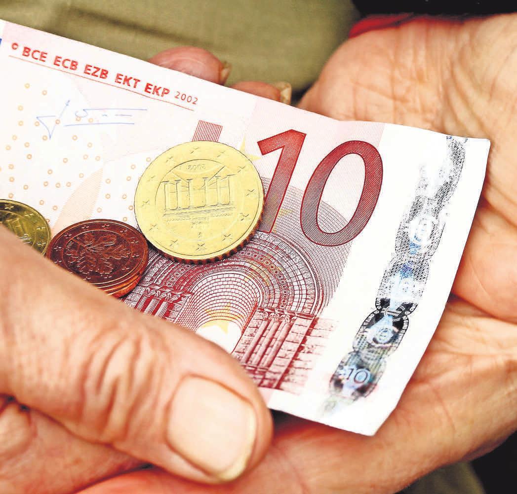 Die Unternehmen im Calenberger Land müssen das Geld derzeit zweimal umdrehen. Foto: Pixelio.de, Sturm