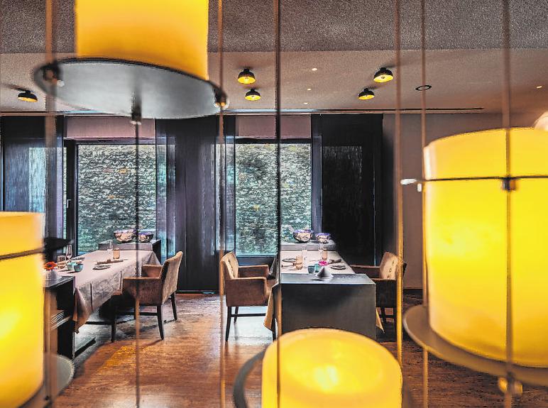 Im Gourmetrestraurant Kuno 1408 begeistert Küchenchef Daniel Schröder mit französisch inspirierter fränkischer Küche.