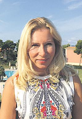 Elena Denis