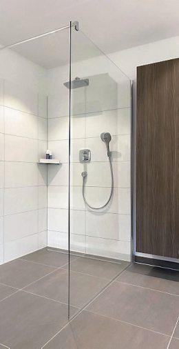 Ohne Stolperfalle: Bodenebene Duschen erleichtern den Einstieg, sind ein optisches Highlight im Bad und nicht nur für ältere Menschen ein Gewinn. Bild: djd/bad.de