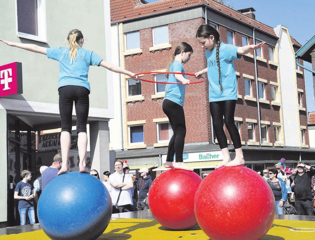 Der Kinder- und Jugendzirkus macht aus dem Thie wieder eine Zirkusmanege