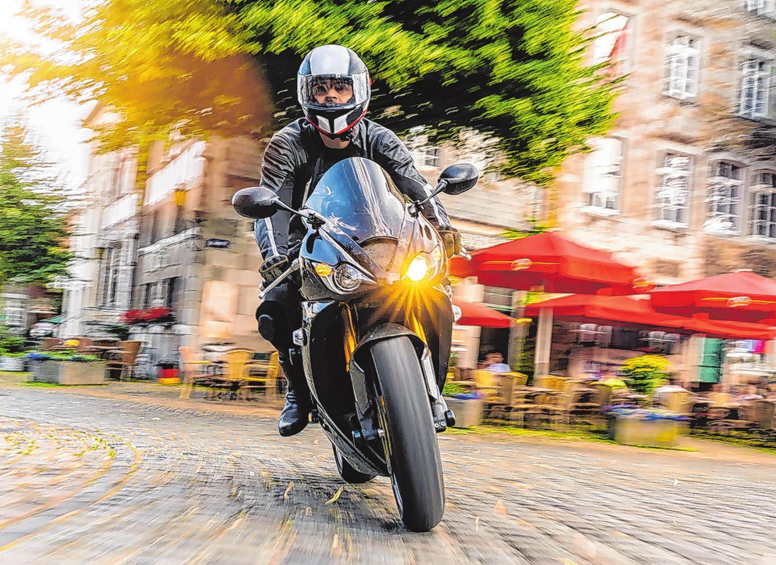 Entspannt fahren: Der Zustand der Motorradreifen hat entscheidenden Einfluss auf die Fahrsicherheit.Foto: djd