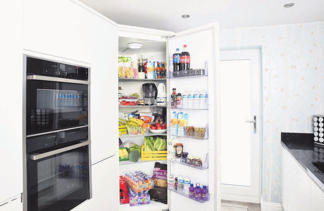 Die richtige Anordnung der Lebensmittel fördert die Energieeffizienz des Gerätes. Foto: Pixabay