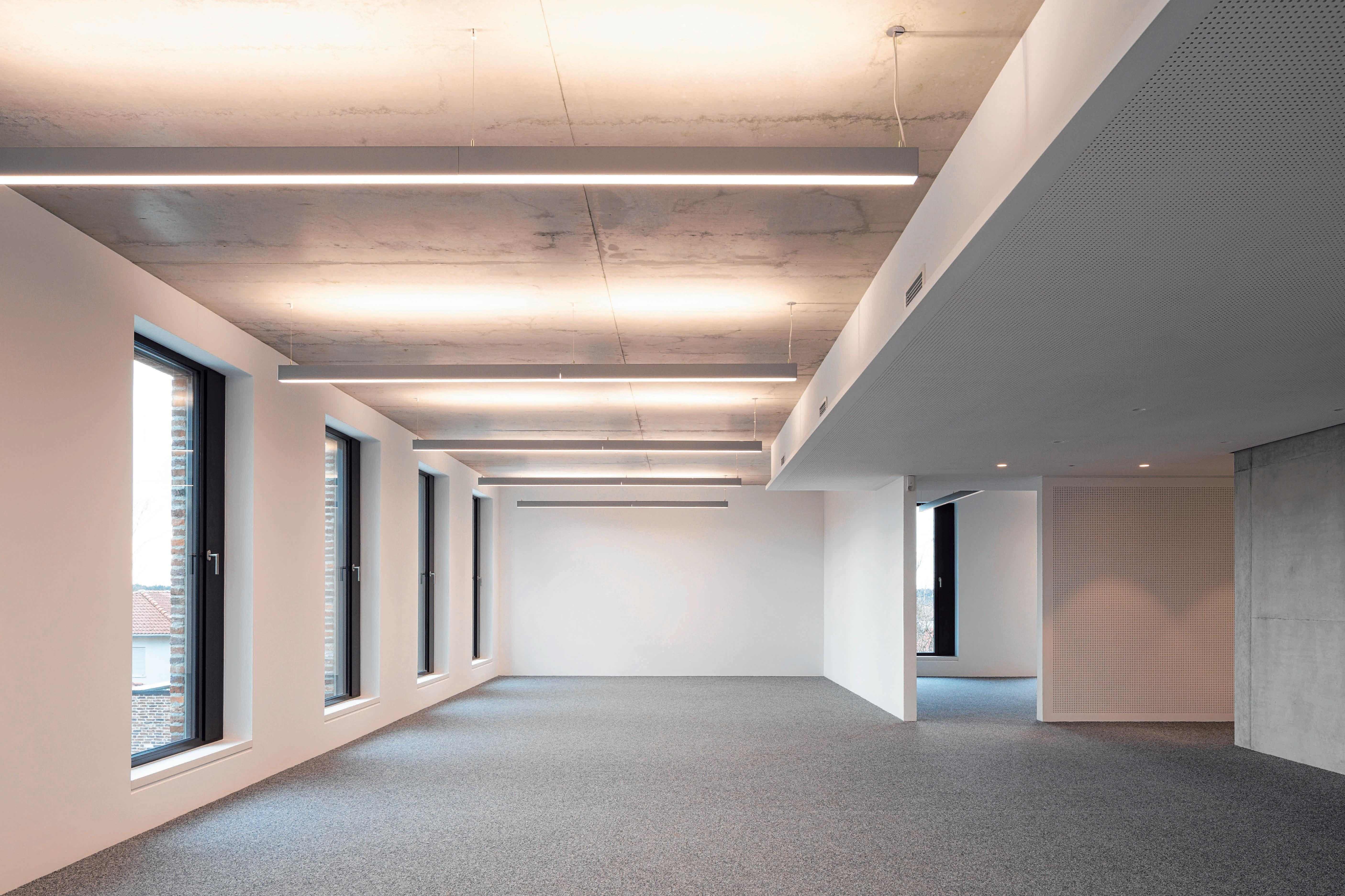 Neues Gebäude bezogen Image 1