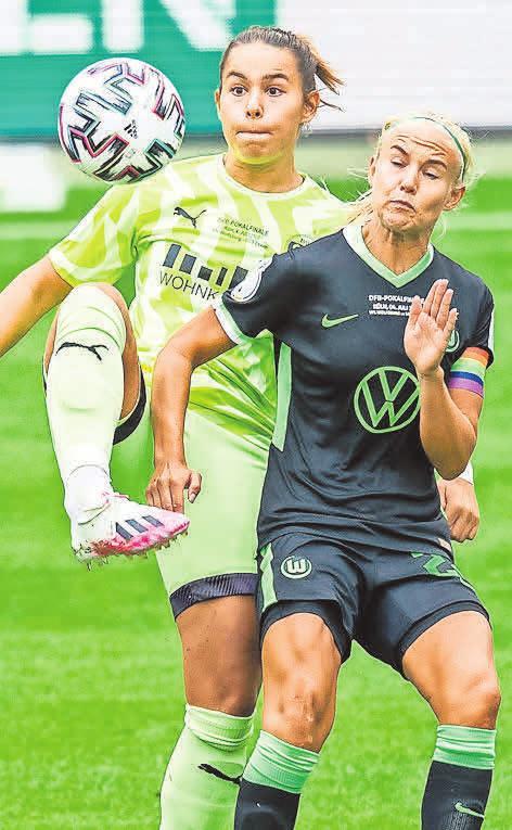 Kommt zum VfL: Lena Oberdorf (h.). Foto: Marcel Kusch/dpa