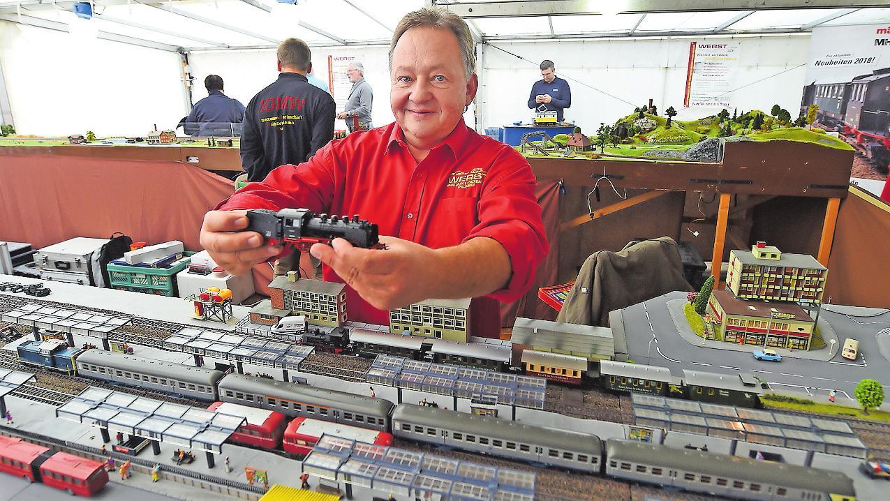 Kümmert sich gemeinsam mit seinem Team bei den Modelleisenbahntagen wieder um die Modelleisenbahner aus allen Generationen: Bernhard Werst. ARCHIVFOTO: KUNZ
