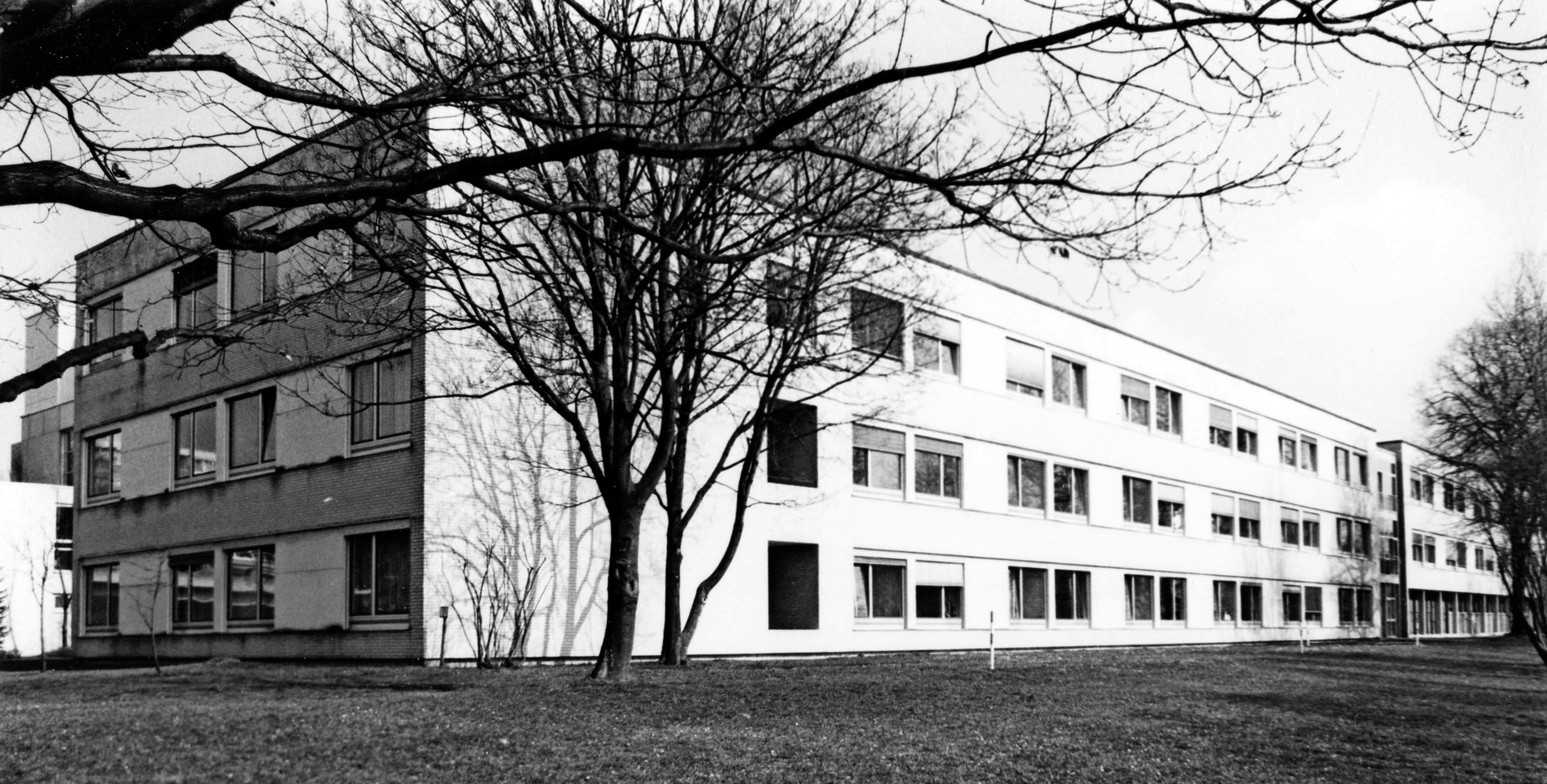 Neubau in den 1960er-Jahren: Das Krankenhaus in Brackenheim verfügte damals über 180 Betten. Foto: SLK