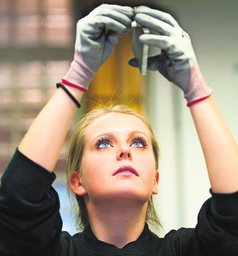 Der Fokus der aktuellen Kampagne der Handwerkskammer Stuttgart liegt auf Frauen im Handwerk. Foto: dpa