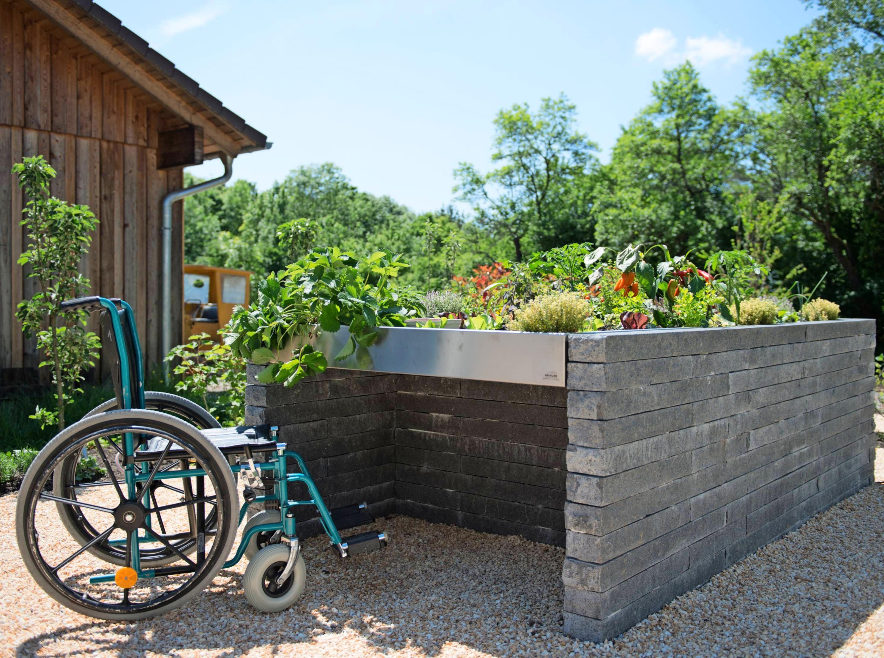 Therapie- und Sinnesgärten für Menschen mit Handicap, Ältere, Kinder und Traumatisierte.