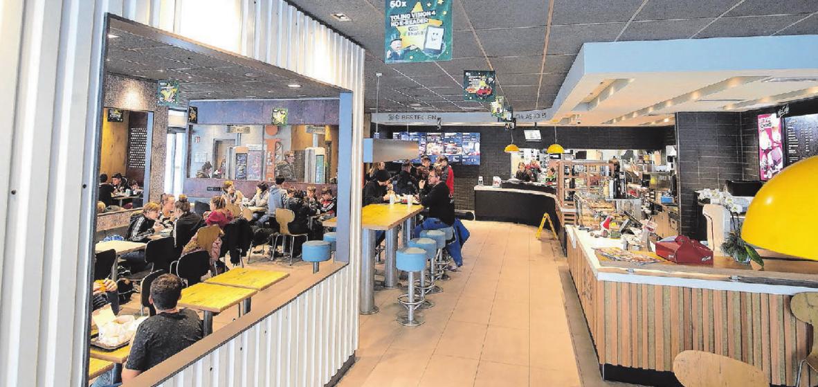"""McDonald's eröffnete die Bad Uracher Filiale am 14. Dezember als """"Restaurant der Zukunft"""" – mit Premium-Burgern und Tisch-Service. Fotos: Thomas Kiehl"""