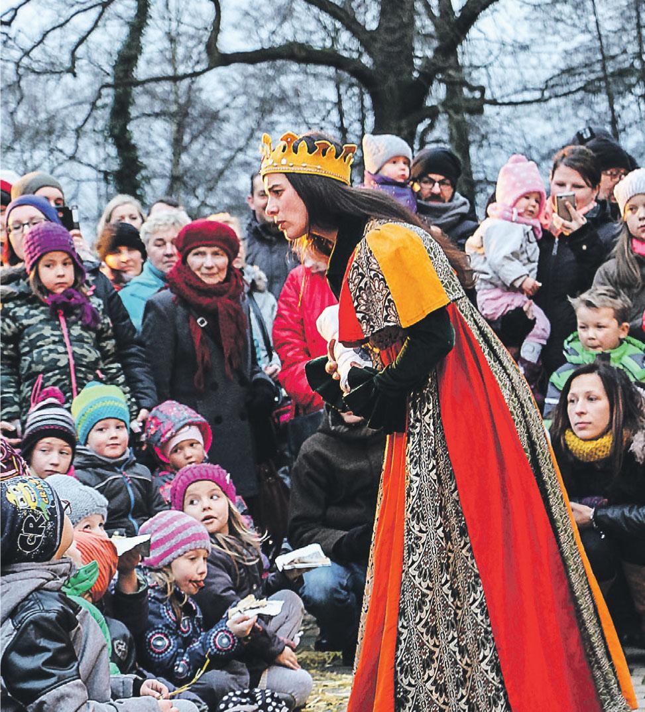 Am Sonntag, dem 15. Dezember, verzaubern von 11 bis 18 Uhr Märchenfiguren die Besucher von Schloss und Festung Senftenberg