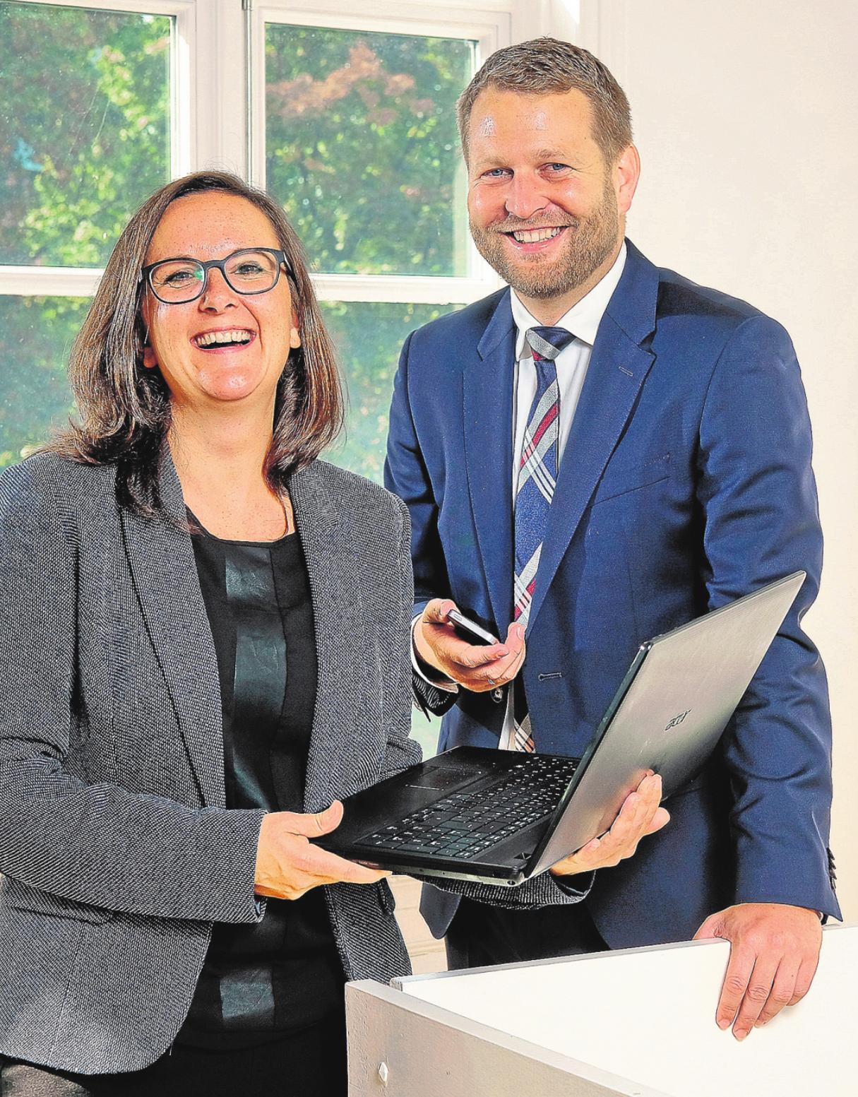 Modern: Daniela Böhm (Hamburger Werbeköppe) und Michael Simon (Deutsche Bank) gehören zur jungen Generation im WSB. FOTO: NEFF