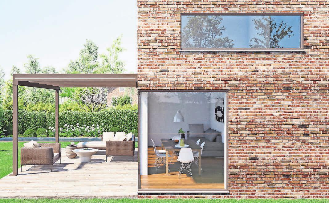 Das Glas-Terrassendach Terrazza Pure von Weinor zeichnet sich durch seine geradlinige Architektur, ganz ohne sichtbare Schrägen aus.