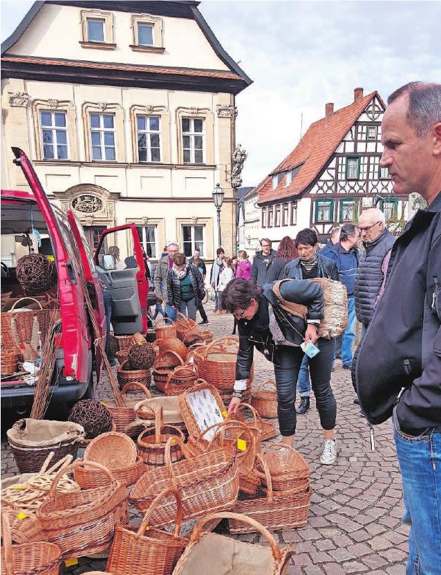 Der Lätaremarkt präsentiert auch eine bunte Auswahl an echter Handwerkskunst.