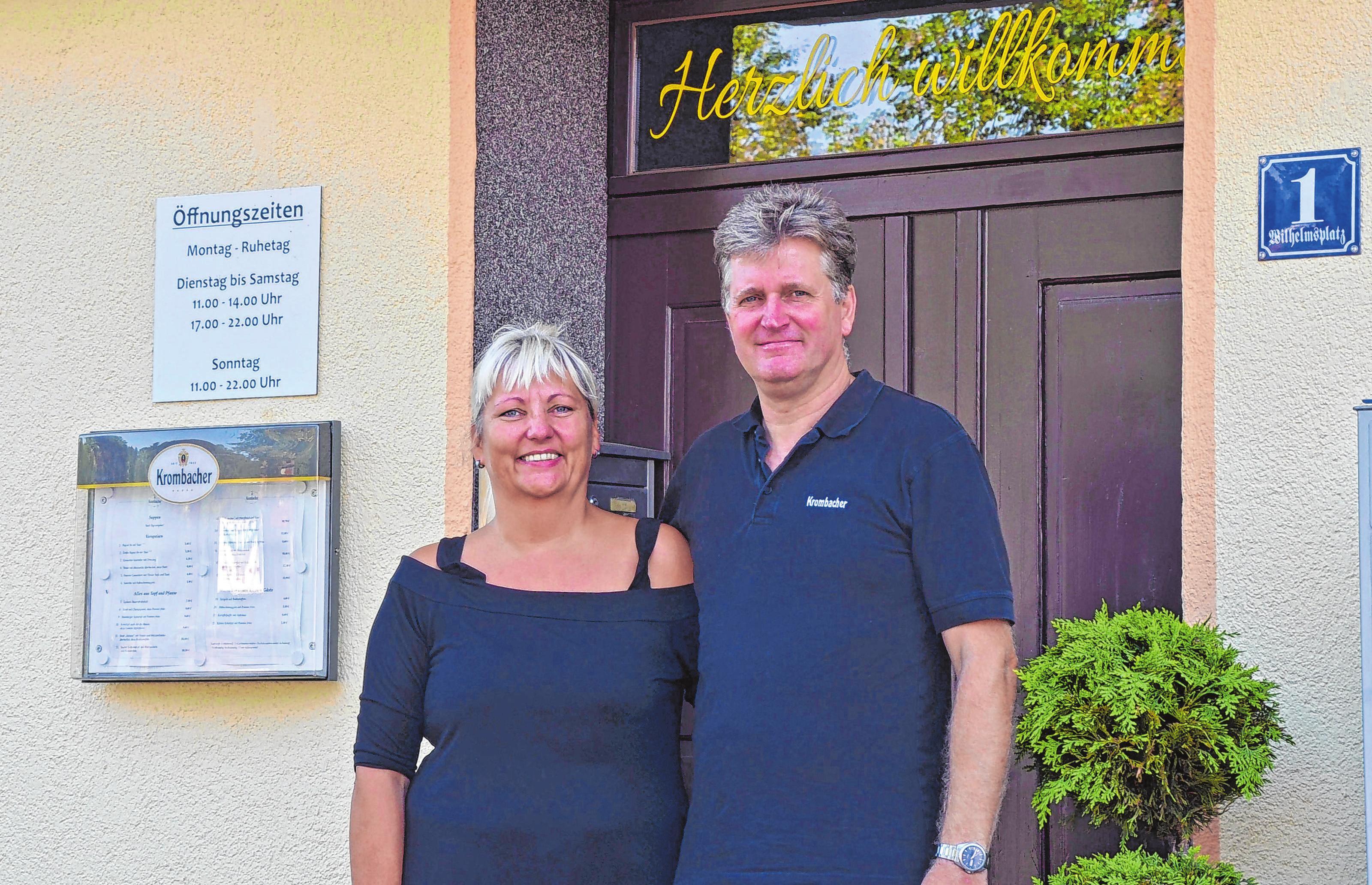 """Kerstin und Andreas Reichert betreiben das Gasthaus """"Zur Sonne"""" in dritter Generation. Kerstin Reichert hat das Lokal von ihren Eltern übernommen. Foto: Vanessa Engel"""