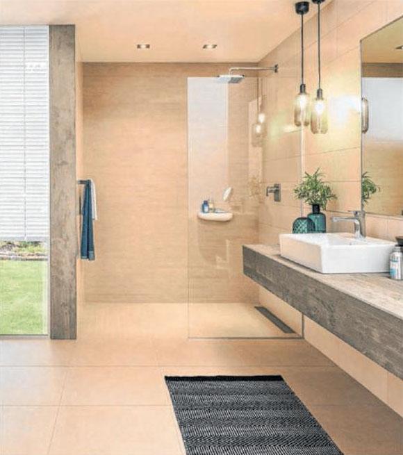 Barrierefrei duschen – ein Traum. Foto: djd/Deutsche-Fliese.de/Villeroy&Boch