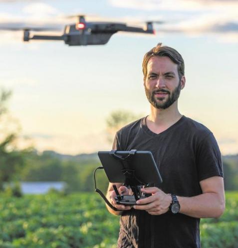 Auch Drohnen werden in vielen Medienbereiche genutzt. Sie zu bedienen, erfordert spezielle Kenntnisse.FOTO: ONFOKUS / ISTOCK