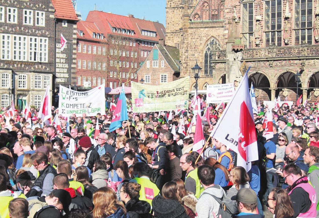 Der Höhepunkt des Arbeitskampfes war bisher die zentrale Kundgebung auf dem Bremer Markt am Mittwoch. Foto: ver.di/Matthias Klump