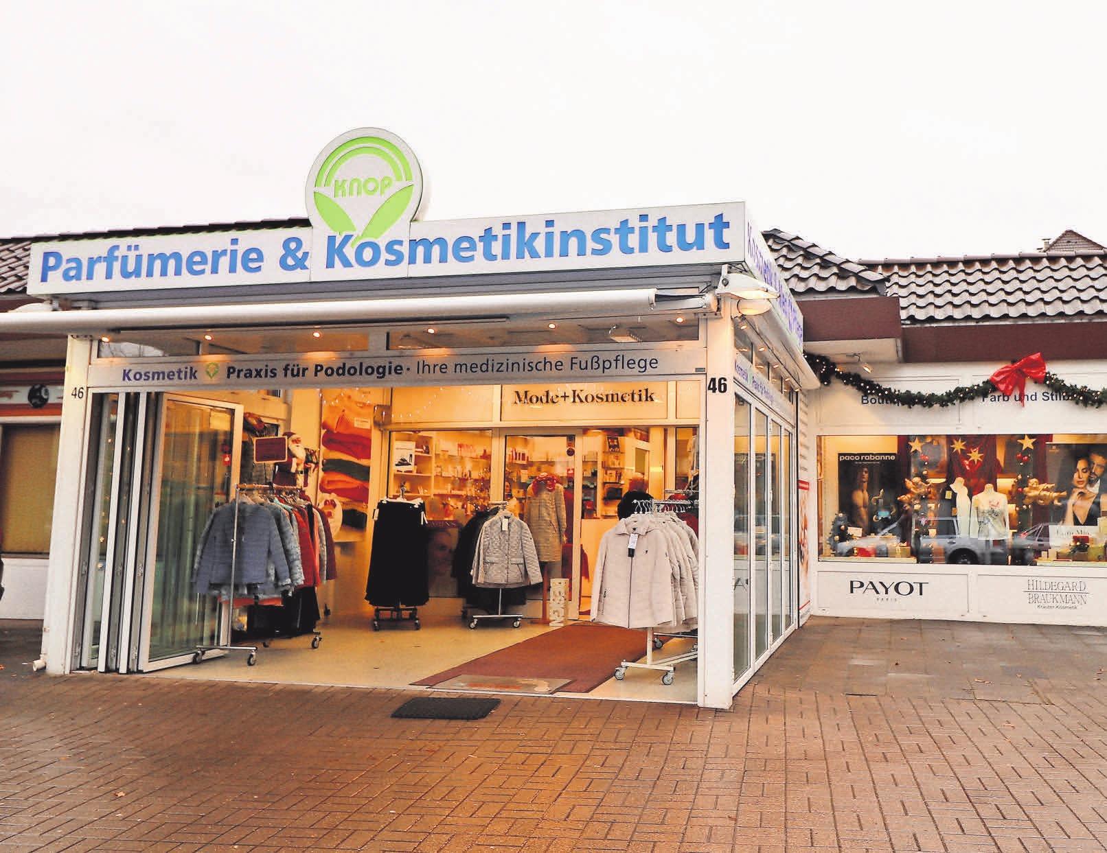 Das Kosmetikfachinstitut Thomas Knop ist die gute Adresse für wohltuende Schönheitsbehandlungen, feine Düfte und schicke Damenmode.