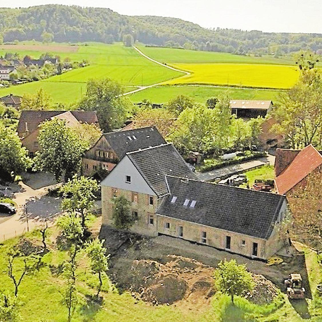 """Der alte """"Hof Holste"""" in Bakede ist in eine moderne Mutter-Kind-Einrichtung verwandelt worden. Foto: pr"""