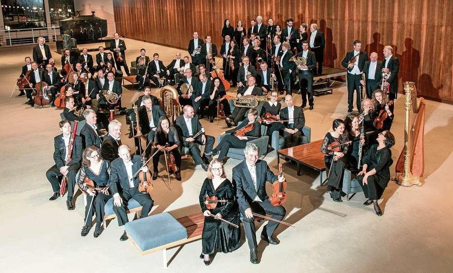 Das Orchester der Deutschen Oper Berlin begleitet das Charity-Event seit der ersten Ausgabe 1994. FOTO: BETTINA STÖSS