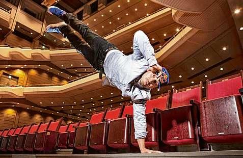 Vartan Bassil war einer der Gründer der Breakdance-Truppe Flying Steps. Auf deren Erfolg hat er die gleichnamige Akademie und eine Karriere als künstlerischer Leiter aufgebaut. FOTO: PRIVAT