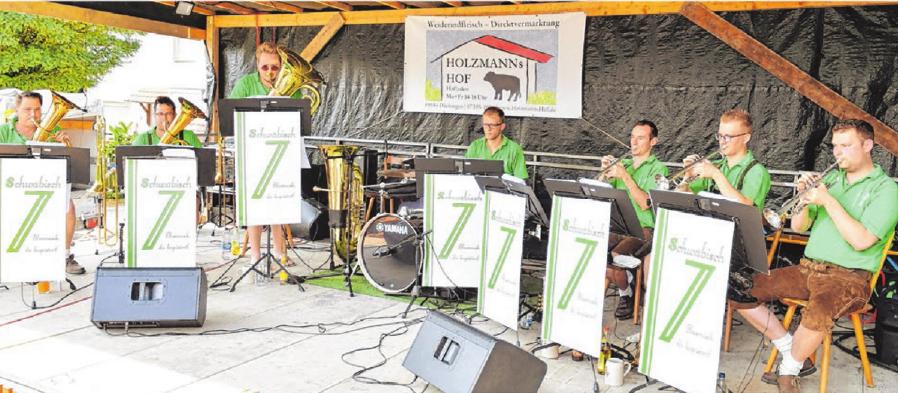 """Die Gruppe """"Schwäbisch 7"""" will auch in diesem Jahr den Dächinger Dorfplatz am Festsonntag zum Klingen bringen."""