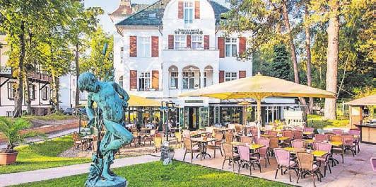 Das Hotel bietet auch eine Terrasse. Foto: Aurelia Hotel & Villen GmbH