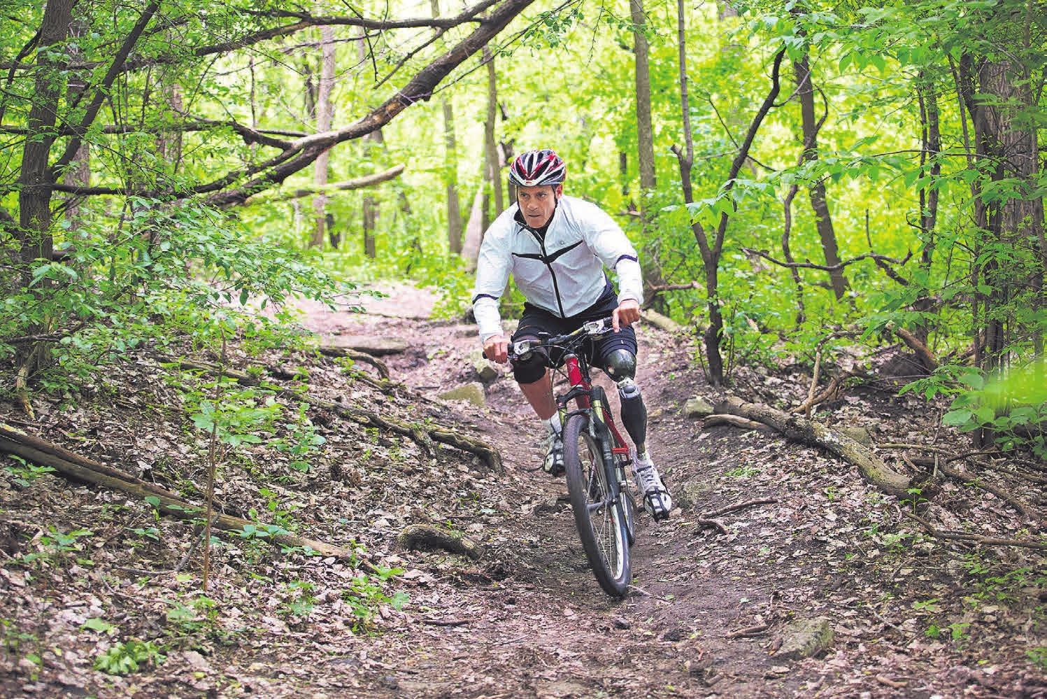 Radfahren, joggen oder arbeiten? Für die jeweiligen Aktivitäten lassen sich mit dem Genium X3 Einstellungen konfigurieren. FOTO: OTTOBOCK