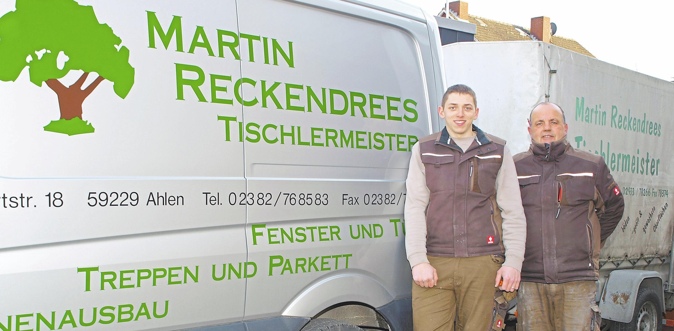 Martin Reckendrees (r.) ist bereits seit Jahrzehnten im Geschäft und wird inzwischen von Björn Marquardt unterstützt.