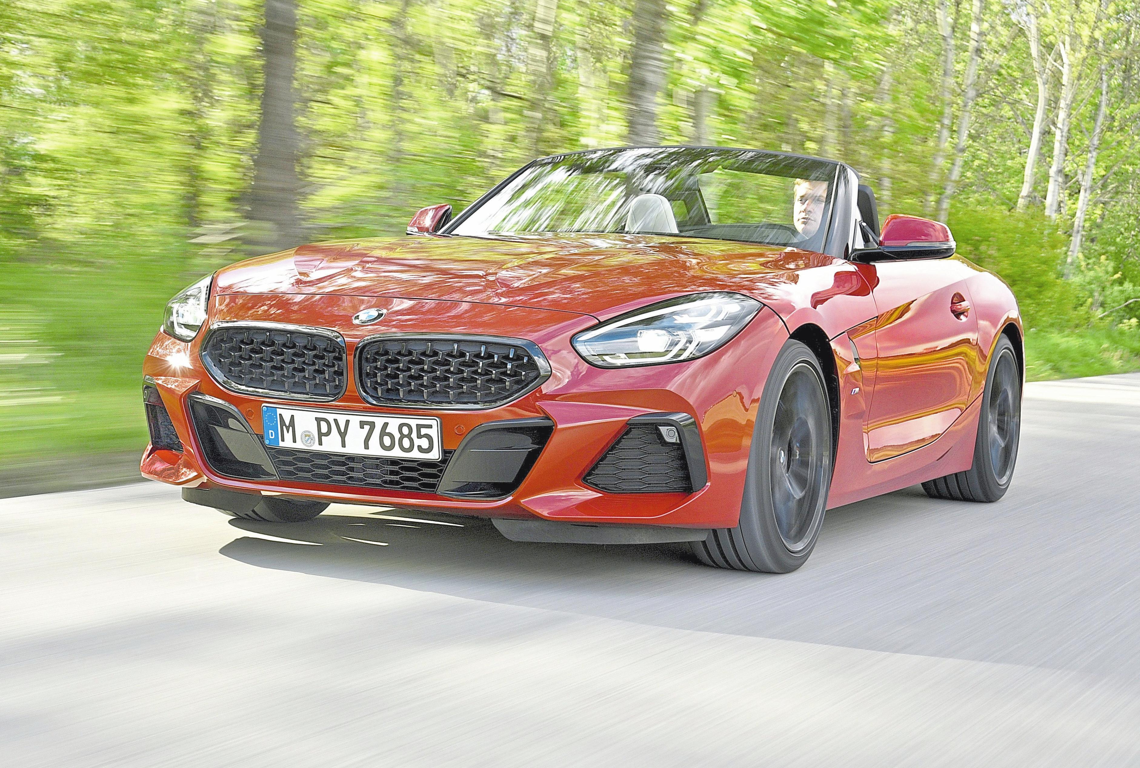 Spätestens wenn sich das Verdeck öffnet, kennt die Fahrfreude im neuen BMW Z4 keine Grenzen mehr. Das Autohaus Cyran zeigt das schmucke Cabrio auf der Automeile. Foto: BMW