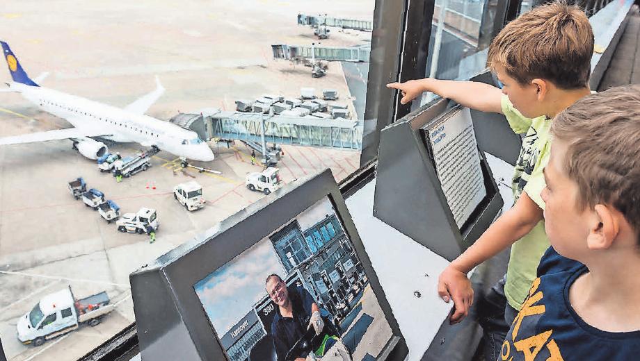 Die Faszination Fliegen erlebt die Jugend hier spielend. Hannover Airport, Maasewerd