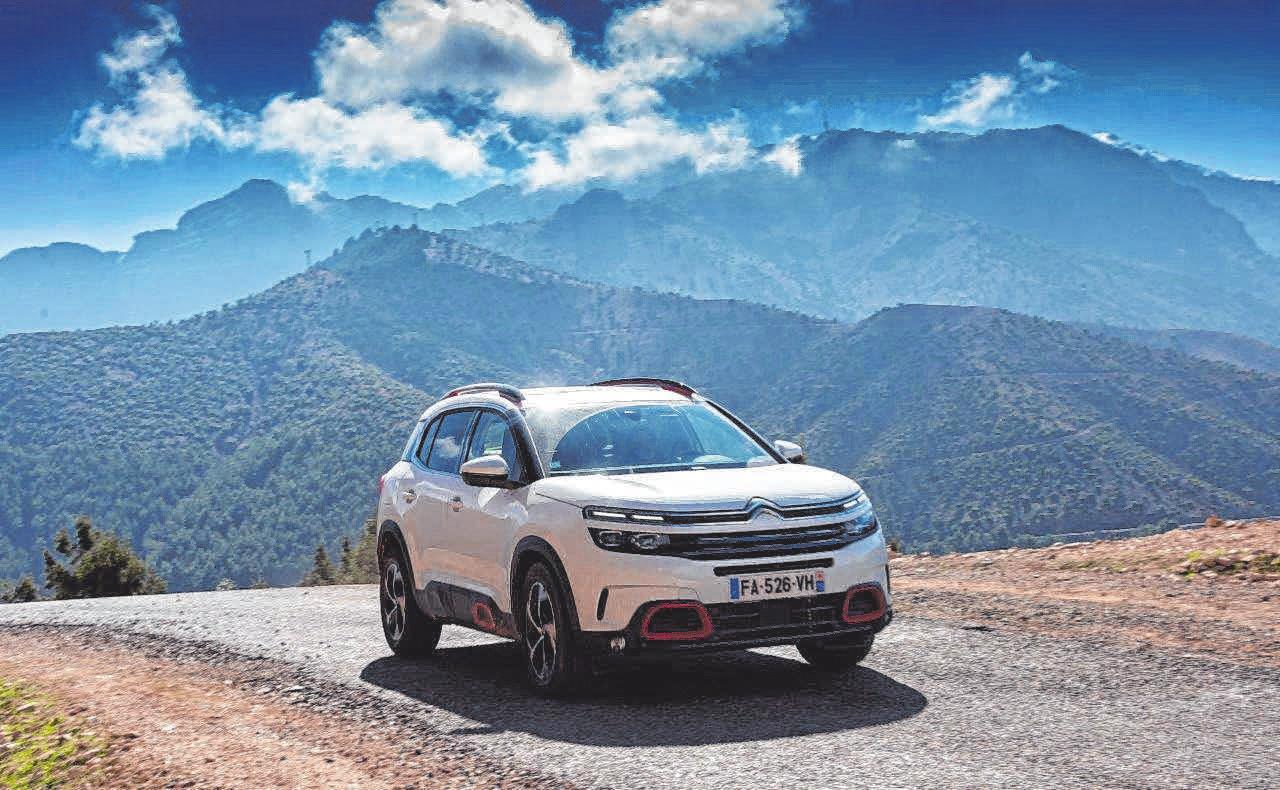 Der neue SUV Citroën C5 Aircross besticht durch seinen einzigartigen Charakter und seinen optimistischen, selbstbewussten Auftritt. FOTOS: CITROË