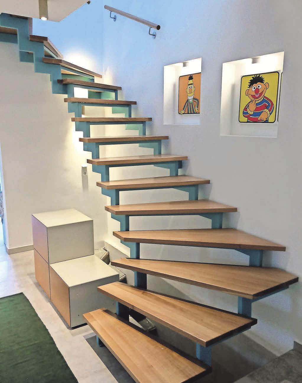 Nach der Renovierung erscheint die Treppe in neuem Glanz.