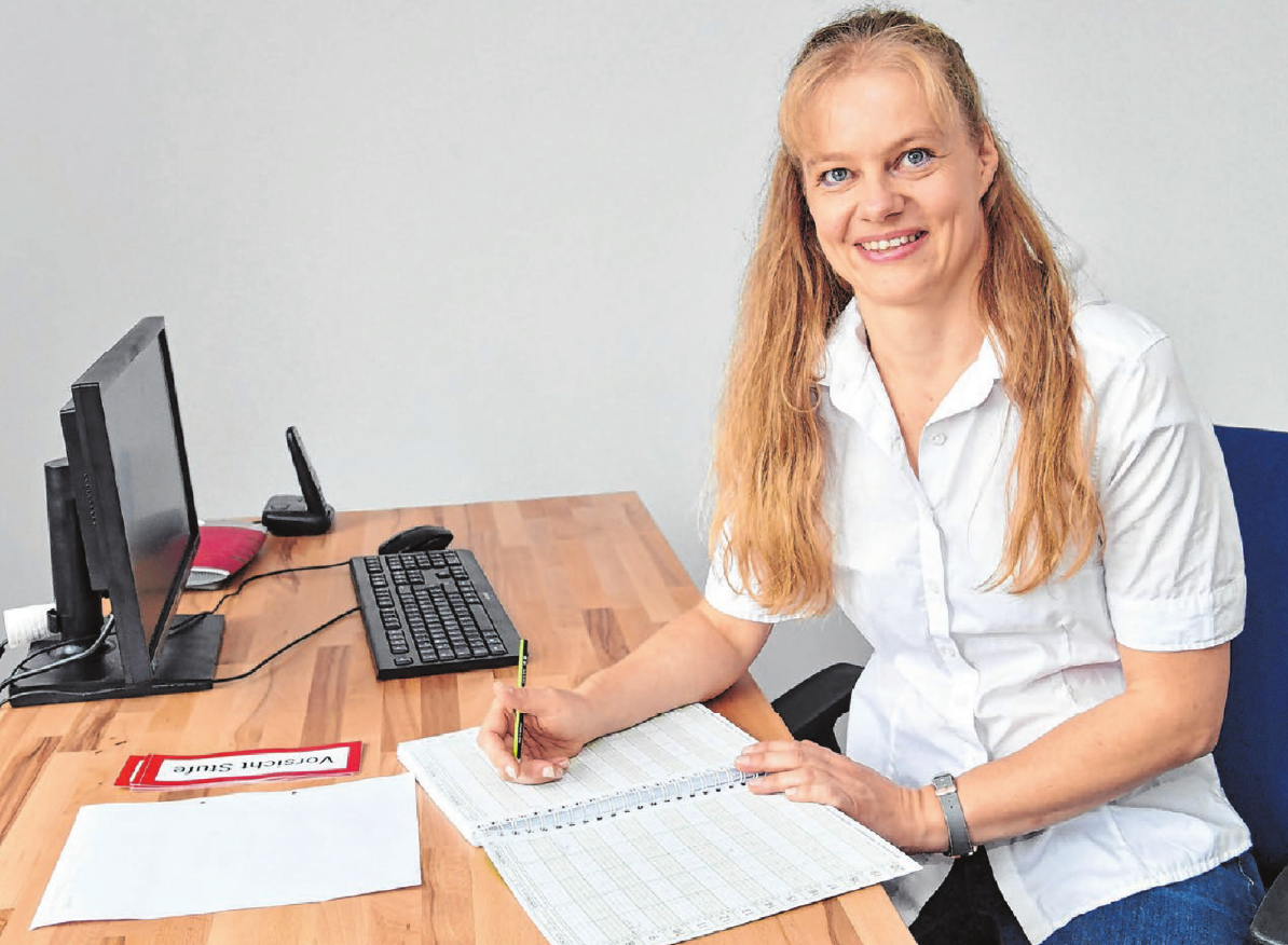 Die Physiotherapeutin Antje Richter möchte ihren Patienten in ihrer neuen Praxis zu mehr Lebensqualität verhelfen. Foto: Jürgen Emmenlauer