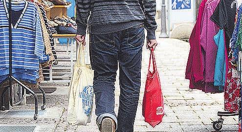 Nachbarschaftshilfen unterstützen bei Bedarf. Foto: DPA