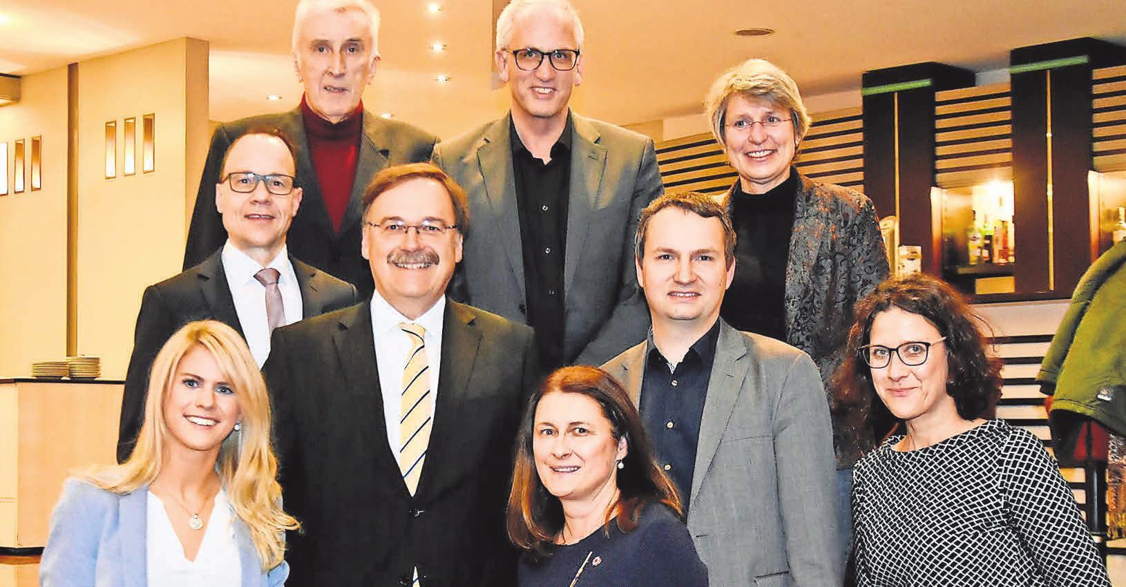 Archivbild von der Gründungsversammlung des Fördervereins für das Kinder- und Jugendhospiz Sternenlichter (2018). FOTO: HINZMANN