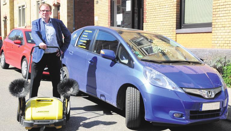 Geschäftsführer Thomas Rudolph und sein Reinigungsteam helfen weiter, wenn's ordentlich werden soll.Foto: G. Bergmann