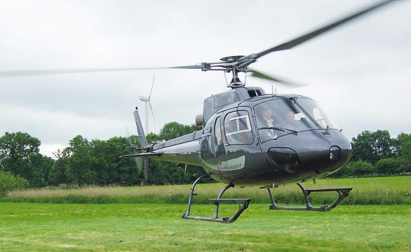 Mit einem Helikopter von Koopmann zu einem Rundflug starten