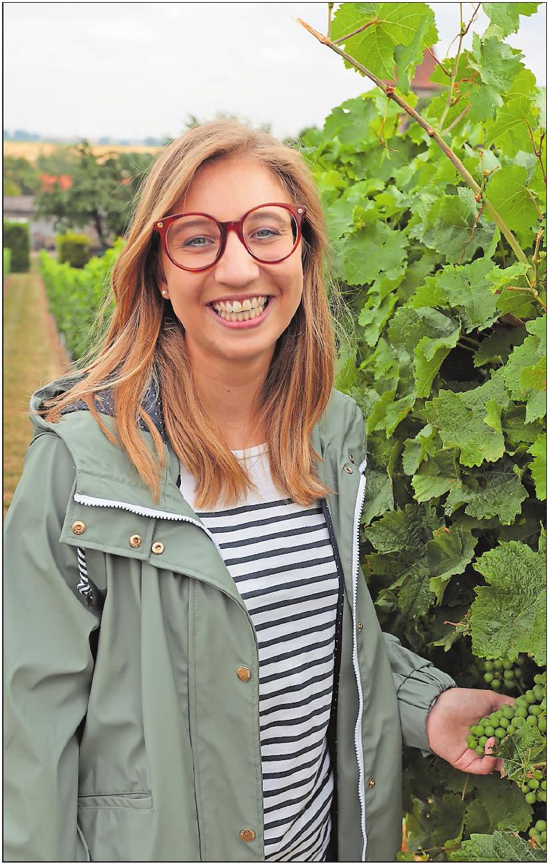 Die 70. Weingräfin des Leiningerlandes, Saskia I., ist zwischen Rebzeilen aufgewachsen.FOTO: BENNDORF