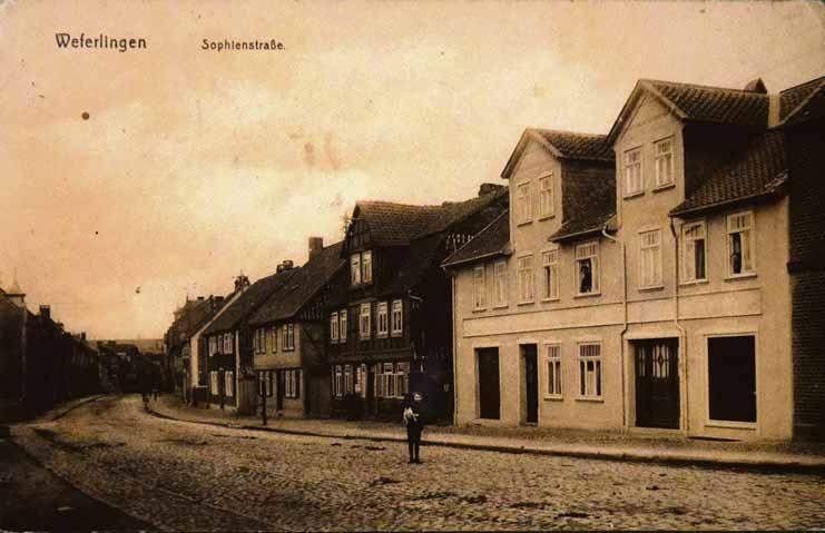 In der Sophienstraße hatte die Familie Helmecke ein Haus gekauft.