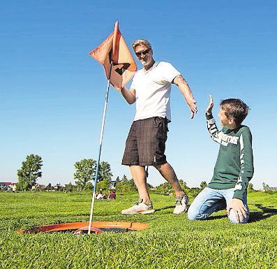 Tschakka: Fußball erfolgreich eingelocht. Foto: Soccerpark Dirmstein/frei