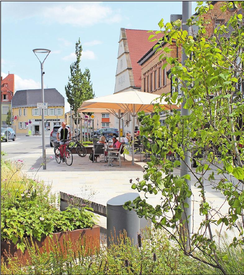 Die Ludwigshafener Straße verwandelt sich am Kerwesonntag – wie auch die angrenzende Neustadter Straße – in eine Aktionsmeile mit Infoständen.FOTO: MÖBUS