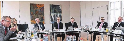 Hochinteressante Gespräche, ausgewiesene Experten: die jüngste Runde des WZ-Forums Immobilien in den Räumen der Barmenia Versicherungen. Foto: Alois Müller