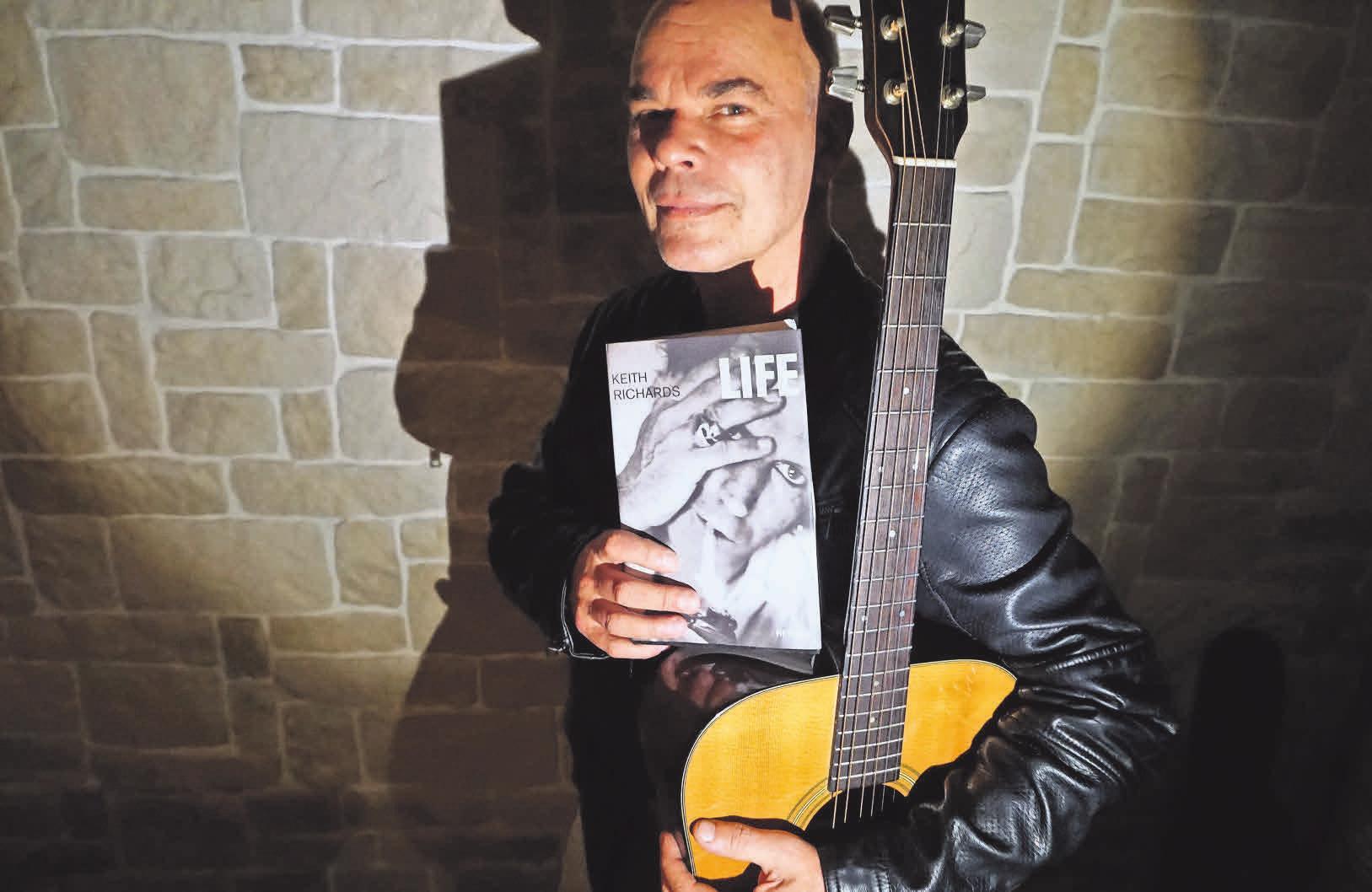 HAZ-Redakteur Oliver Kühn beschäftigt sich in seiner Lesung mit dem Rolling Stone Keith Richards.
