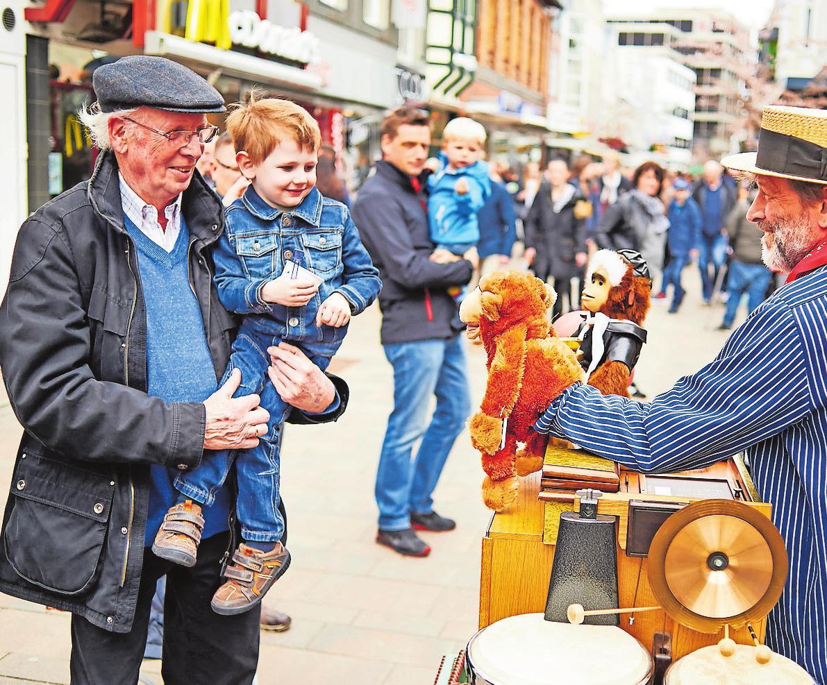 Mit Abstand: Freizeit in der City genießen. © Stadt Cloppenburg/Foto: Roman Mensing
