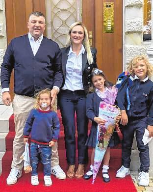 Oguzhan Alan und seine Familie. BILD: ALAN