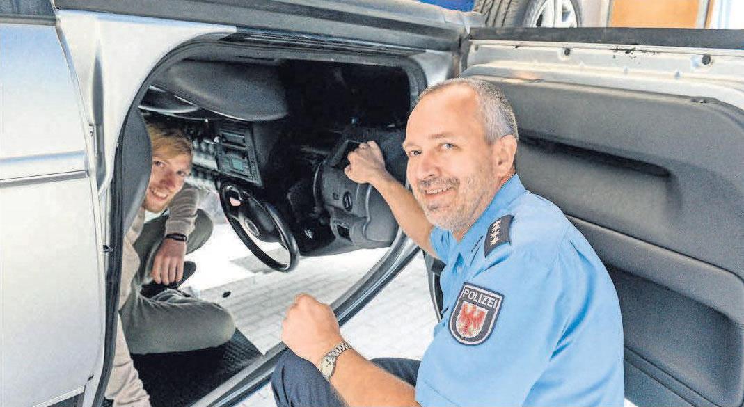 Wie in den vergangenen Jahren lädt auch die Polizei an mehreren Standorten zum Schnuppern ein.