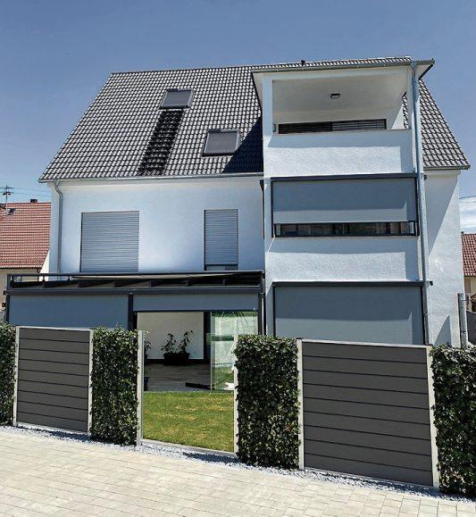 Und auch das Terrassendach (links unten) schafft zusätzlichen Wohnraum. Bilder: Uhland2, Privat